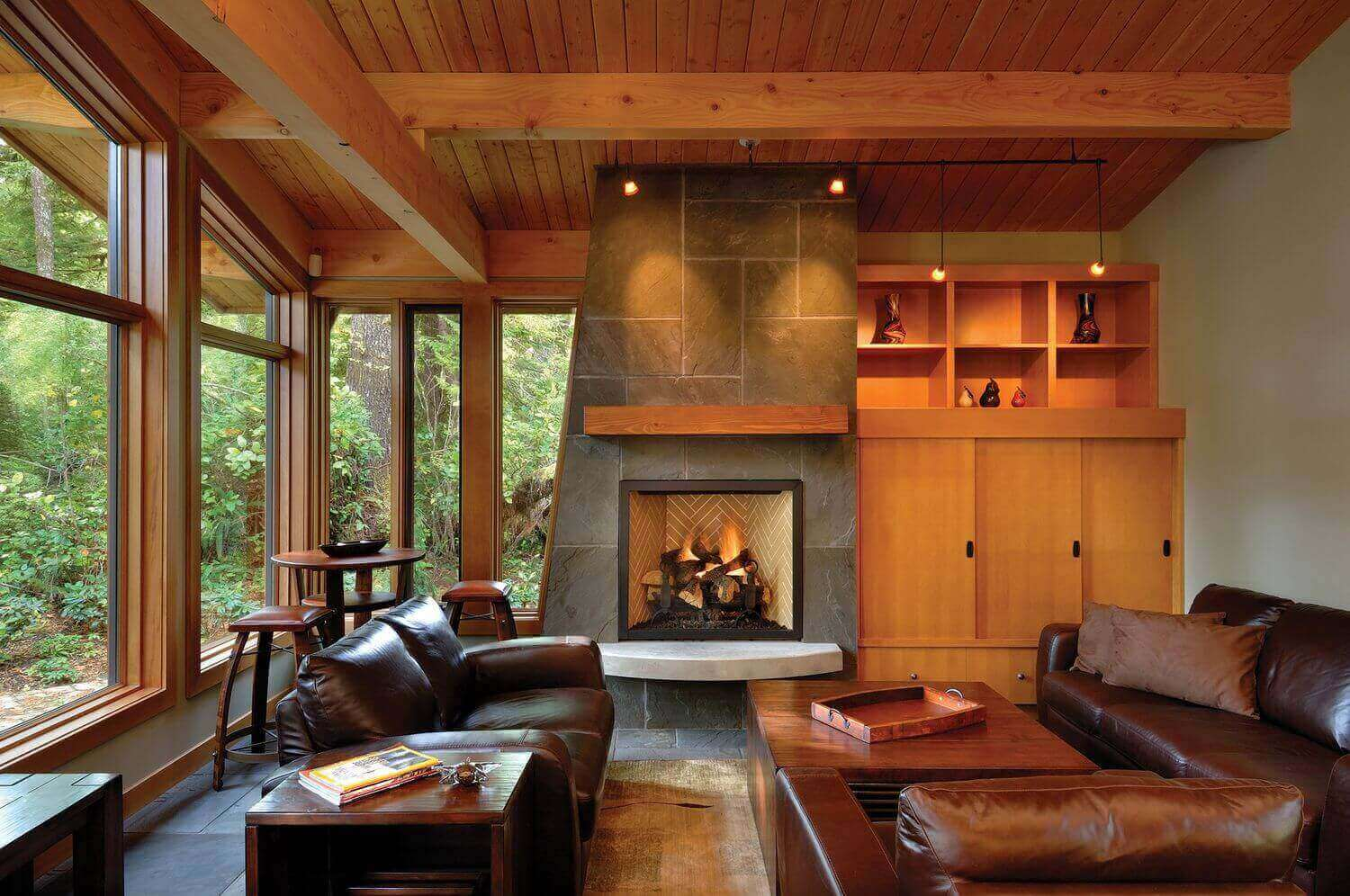 West  Coast Style Living Room