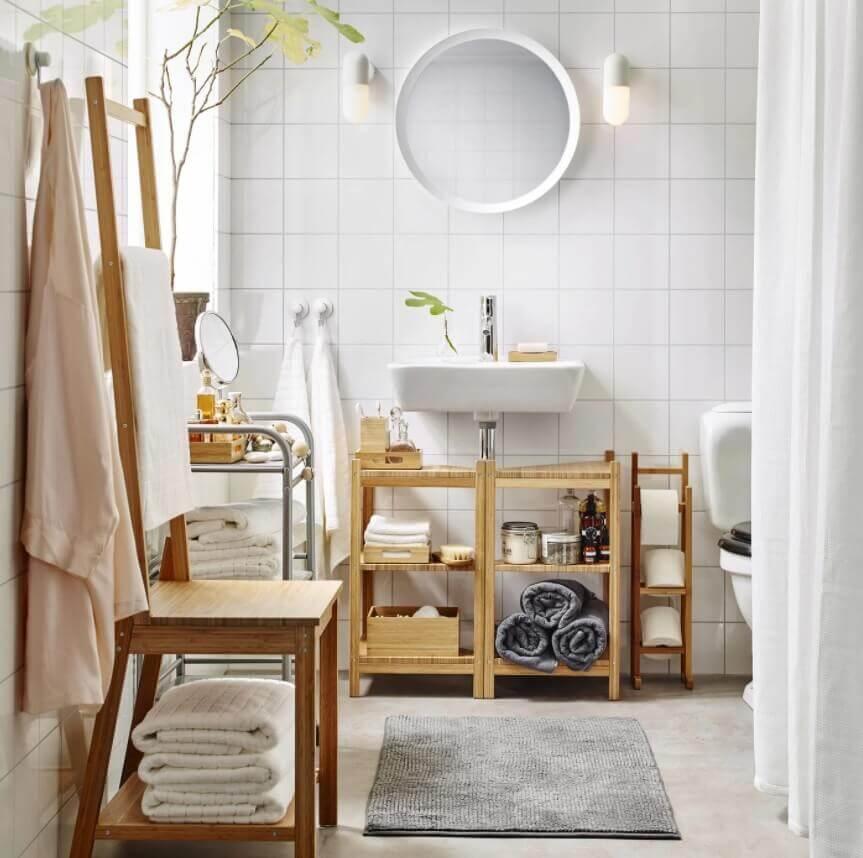 Vertical Space Utilization in Bathroom
