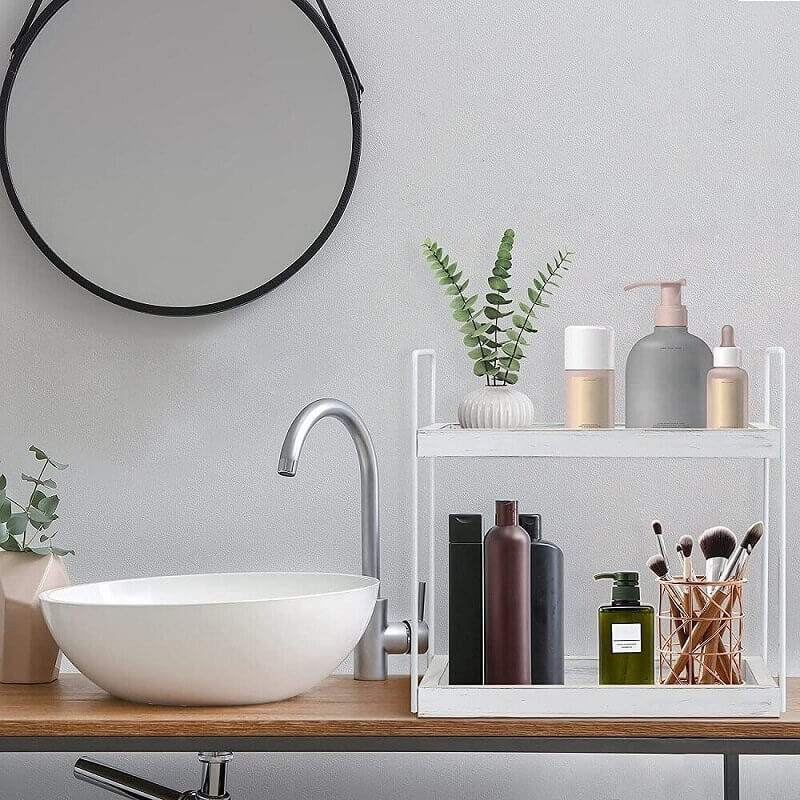 Leave the bathroom Counter Clean and organized