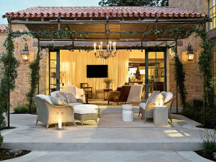 How to Make Your Outdoor Living Space More Attractive